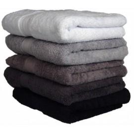 serviettes de toilette brodées